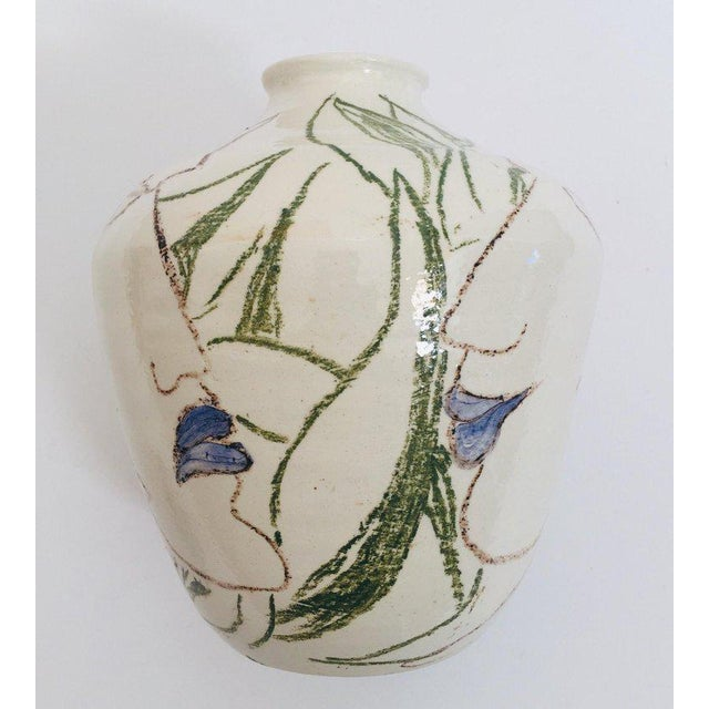 White Postmodern Vase With Abstract Head Portraits Figures in Jean Cocteau Style For Sale - Image 8 of 11