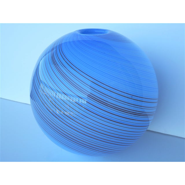 Vintage Hand Blown Globe Vase - Image 4 of 9