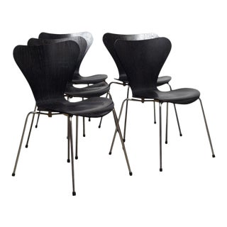 """Danish Mid Century """"Series 7"""" Chairs - Set of 5 For Sale"""
