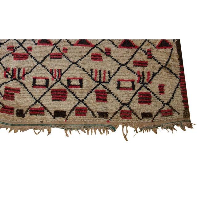 "Vintage Beni Ouarain Azilal Moroccan Carpet - 6'3"" X 4'9"" - Image 2 of 3"