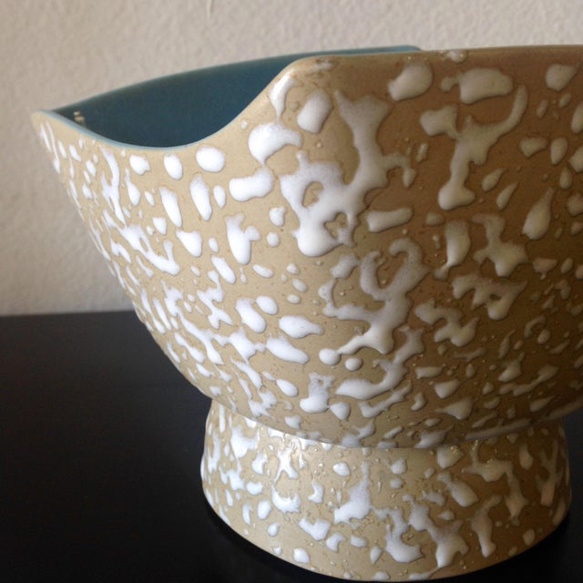 Mid-Century Speckle Amorphous Bowl For Sale - Image 4 of 5