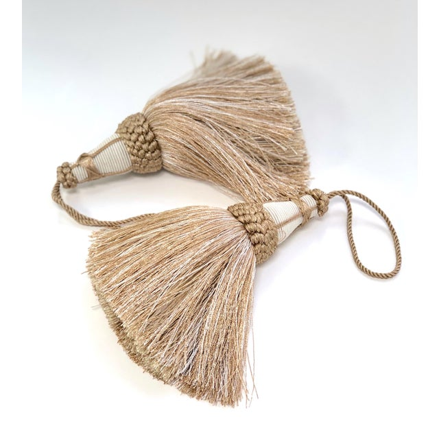 English Tan and White Key Tassels With Looped Ruche Trim - a Pair For Sale - Image 3 of 10