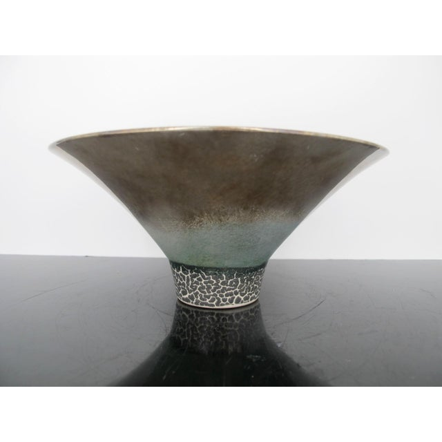 American Kathy Erteman American Nyc Studio Pottery Conical Reflective Bowl Cup For Sale - Image 3 of 7