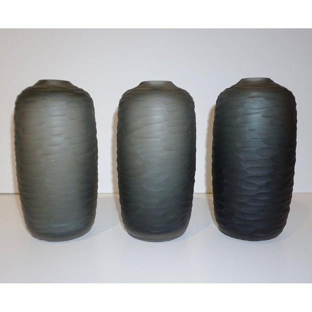 Salviati Salviati Vintage Italian Minimalist Smoked Gray Battuto Murano Art Glass Vases For Sale - Image 4 of 12