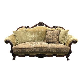 Vintage Traditional Style Rolled Arm Sofa