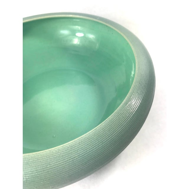 Mid-Century Modern Vintage Mid-Century Sea Foam Green Red Wing Pottery Bowl For Sale - Image 3 of 5