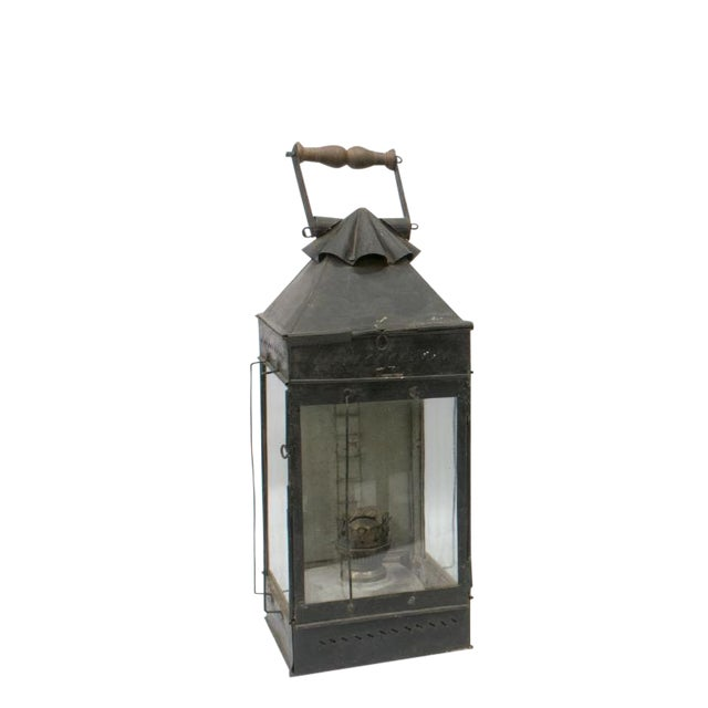 Late 19th Century British Colonial Indian Iron Carrying & Hanging Oil Lantern For Sale