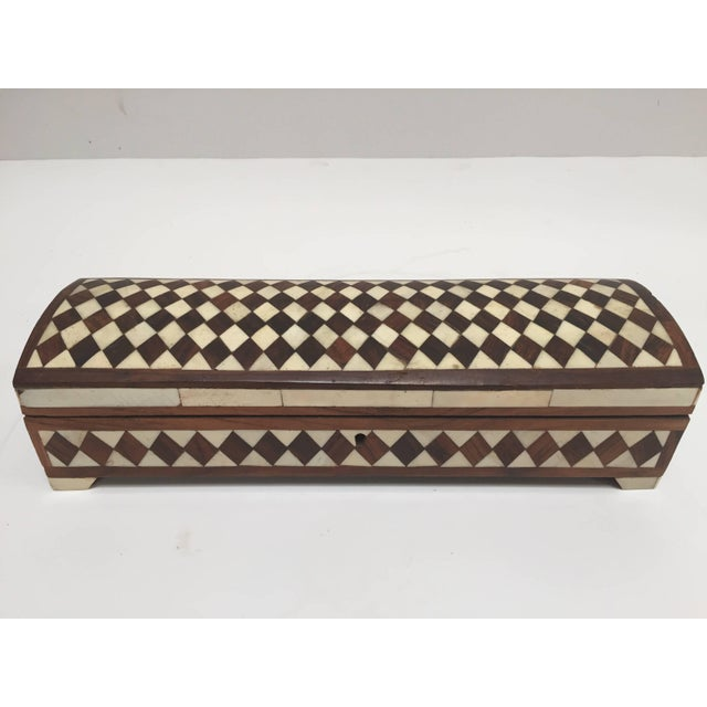 Vizagapatam Anglo-Indian Rectangular Box Inlaid With Bone and Sandalwood For Sale - Image 10 of 10