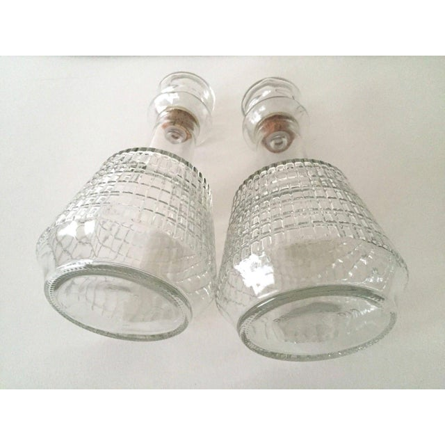 Vintage Mid Century Modern Square Cut Glass Decanters - a Pair For Sale In New York - Image 6 of 8