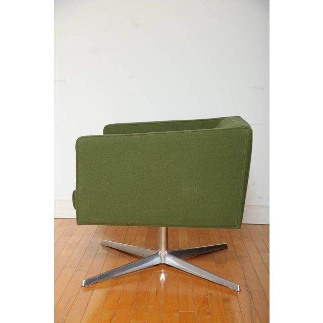 Danish Modern Mid-Century Modern Style Swivel Lounge Chair by Verzelloni For Sale - Image 3 of 9