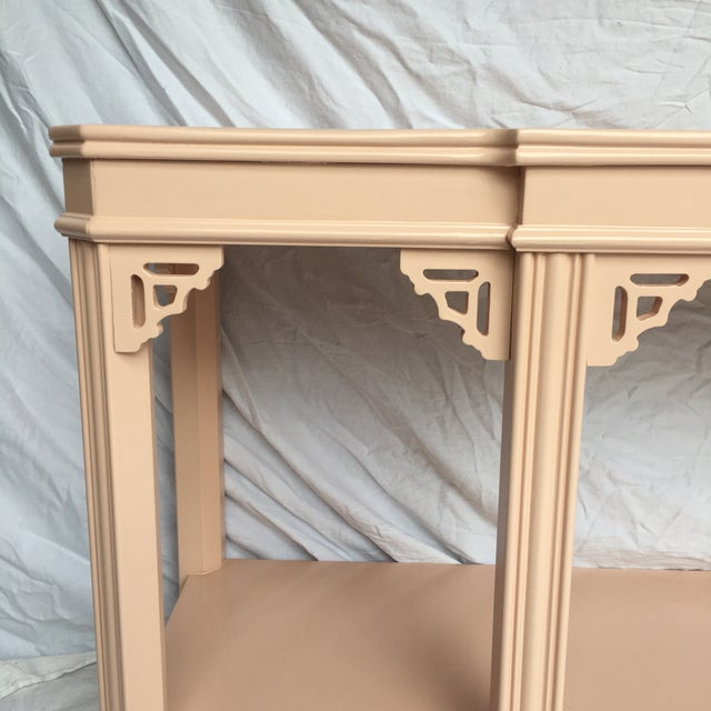 Traditional Pink Lacquered Console by Lane For Sale - Image 3 of 8