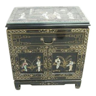 Asian Chinoiserie Black Lacquer Nightstand For Sale