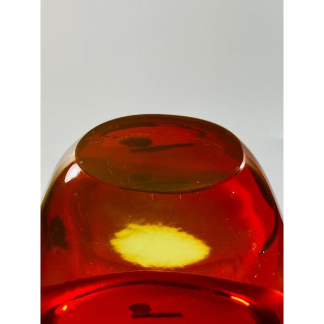 "1965 Antonio Da Ros Cenedese ""Borraccia Ovale"" Sommerso Red Vaseline Glass Vase, Signed For Sale - Image 9 of 12"