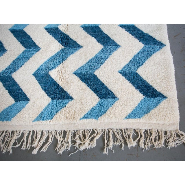 "2010s ""Bluecination"" Ivory Handmade Contemporary Berber Rug With Blue Zigzag - 8'3"" X 5'9"" Ft For Sale - Image 5 of 6"