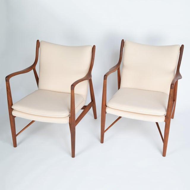 "Danish Modern Pair of Finn Juhl ""45"" Chairs for Baker Furniture, Circa 1960s For Sale - Image 3 of 13"