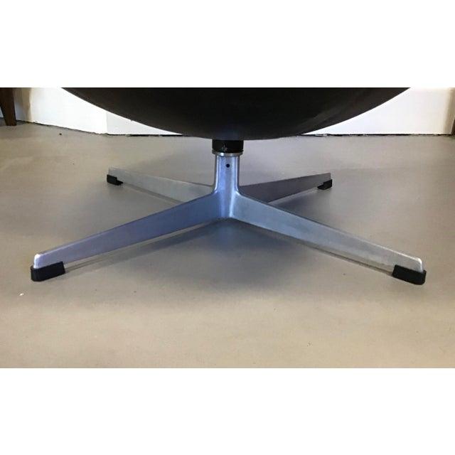 Early Arne Jacobsen for Fritz Hansen Egg Chair For Sale - Image 9 of 10