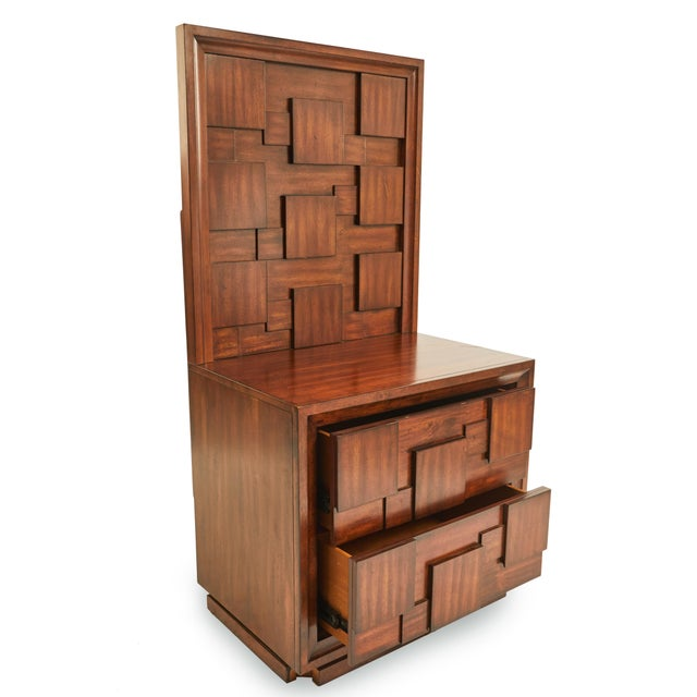Early 20th Century American Mid-Century Mahogany Nightstands-a Pair For Sale In New York - Image 6 of 9
