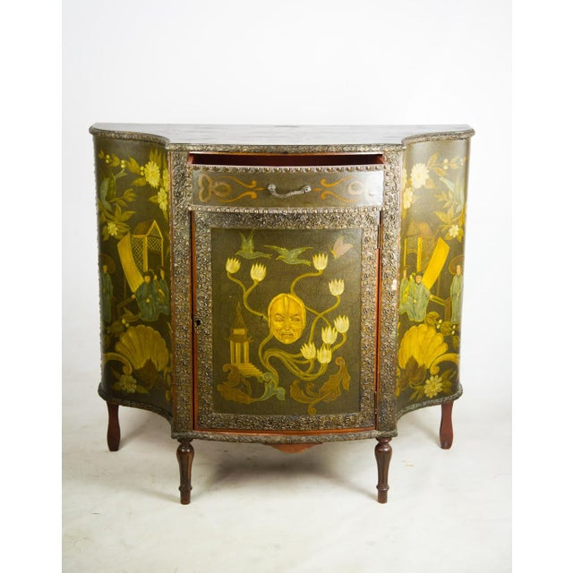 Combine elegance with Asian themed design and you get this 20th c. Chinoiserie console cabinet. The delicate hand painted...