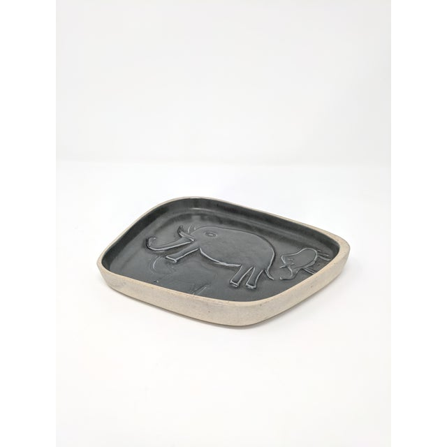 David Gil Mid-Century Studio Pottery Dish by David Gil for Co-Op Stoneware For Sale - Image 4 of 6
