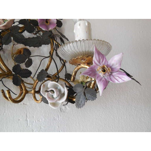 1950s French Huge Porcelain Flowers Roses Tole Sconces For Sale - Image 5 of 10