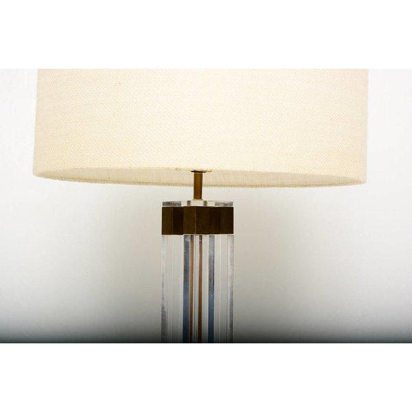 Lucite & Brass Table Lamp, Attributed to Charles Hollis Jones For Sale - Image 4 of 5