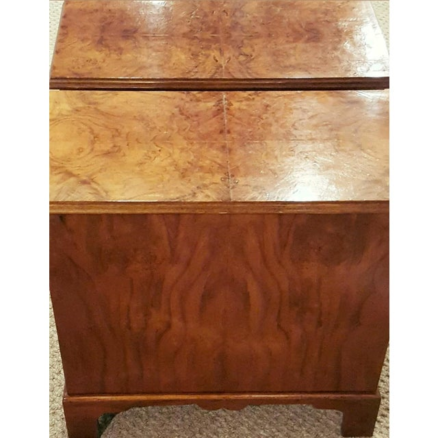 Antique Georgian Style Walnut Chests - A Pair - Image 5 of 7