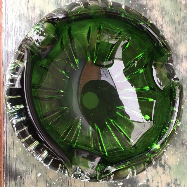 1970s Vintage Mid-Century Modern Green Murano Glass Ashtray For Sale - Image 4 of 5