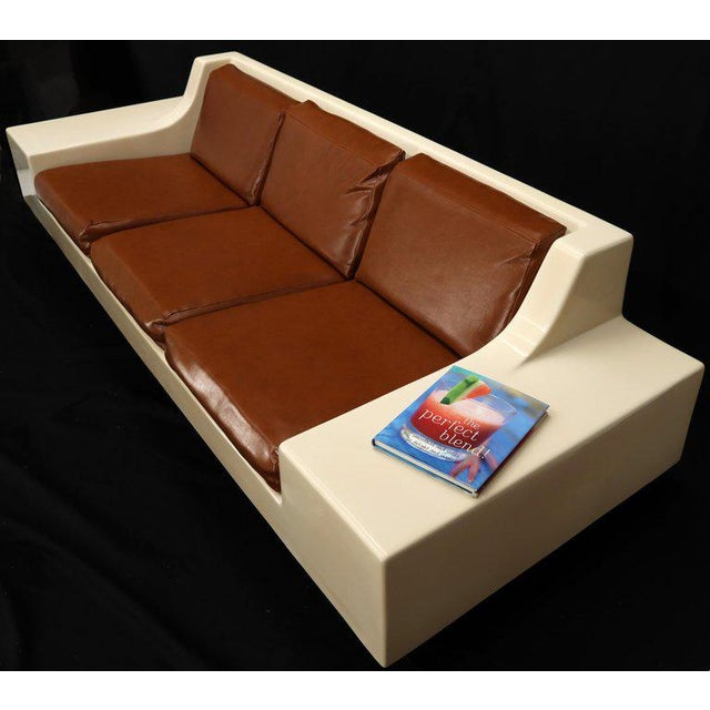 Mid-Century Modern 3-Seat Fiberglass Sofa With End Tables For Sale - Image 4 of 13