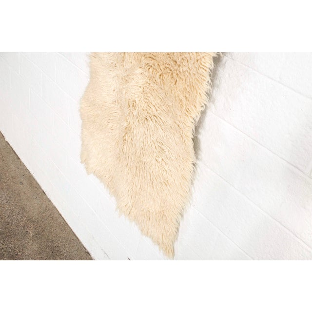 """Vintage Mid Century Wool Shag Rug - 3' X 5'5"""" For Sale In Detroit - Image 6 of 11"""