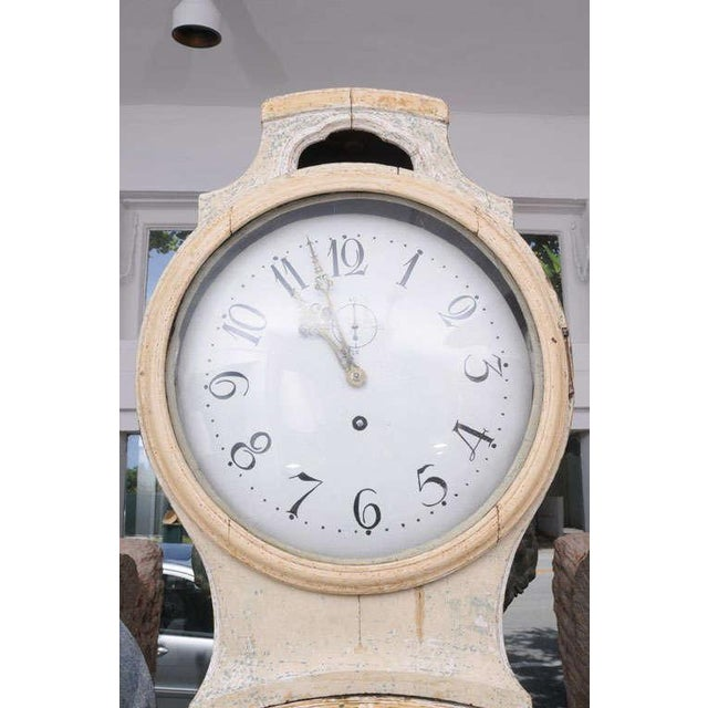 Early 19th Century Painted Gustavian Mora Clock For Sale - Image 5 of 8