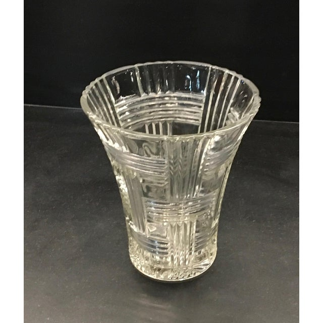 Mid-Century Modern 1930s Anchor Hocking Crystal Glass Prismatic Criss Cross Vase For Sale - Image 3 of 7