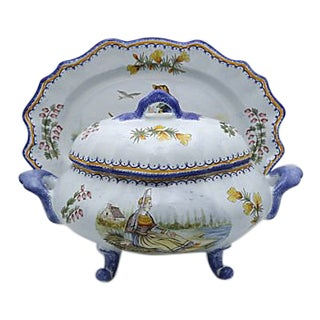 French Quimper Bouillabaisse Tureen & Platter For Sale