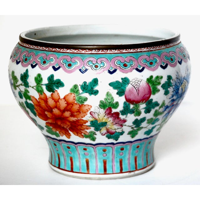 19th Century Chinese Famille Rose Cachepot For Sale - Image 10 of 10