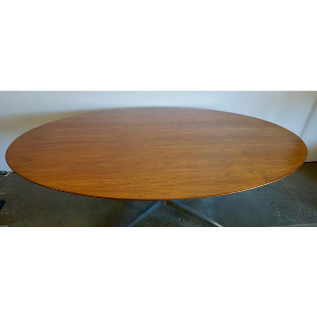 Florence Knoll Walnut on Chrome Base Oval Dining / Conference Table For Sale - Image 9 of 9
