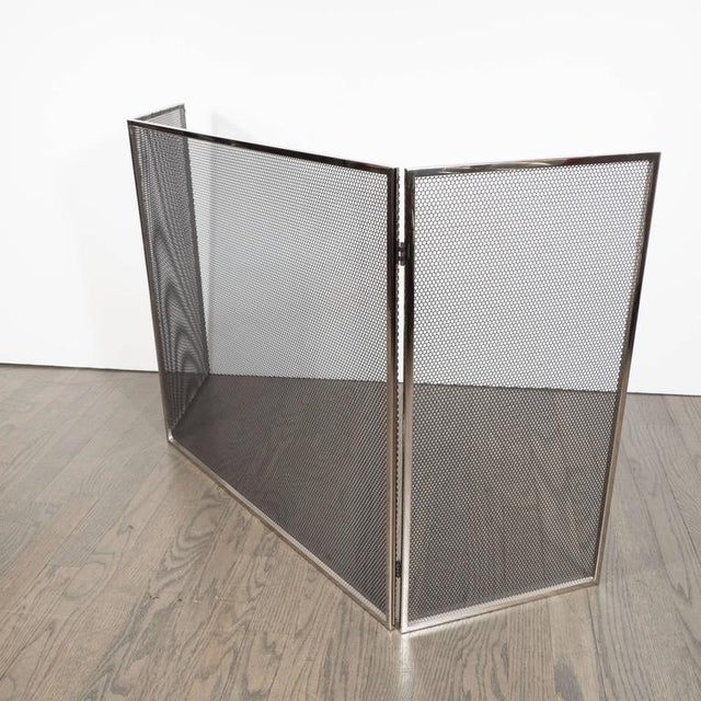 Custom Polished Nickel and Mesh Adjustable Three-Panel Fire Screen For Sale In New York - Image 6 of 8