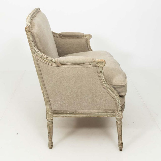 Linen French Louis XVI Style Marquise Loveseat in Natural Linen For Sale - Image 8 of 13