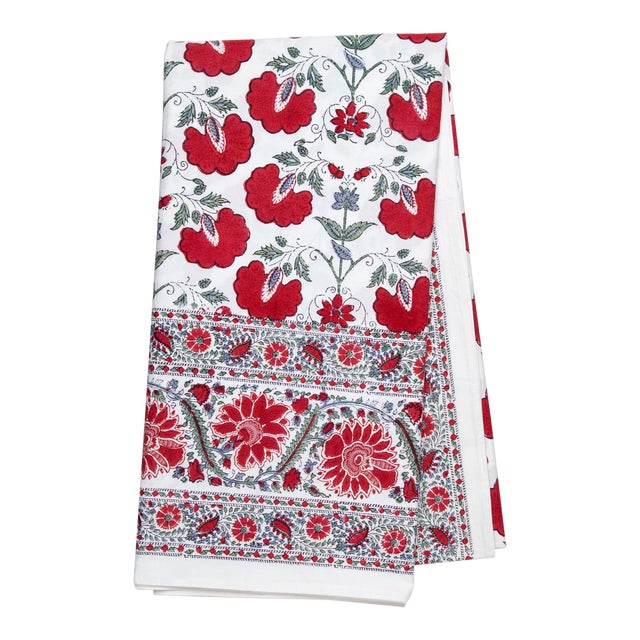 Janvi Tablecloth, 6-seat table - Red For Sale
