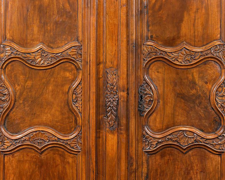 French Provincial Double Door Armoire   Image 3 Of 9