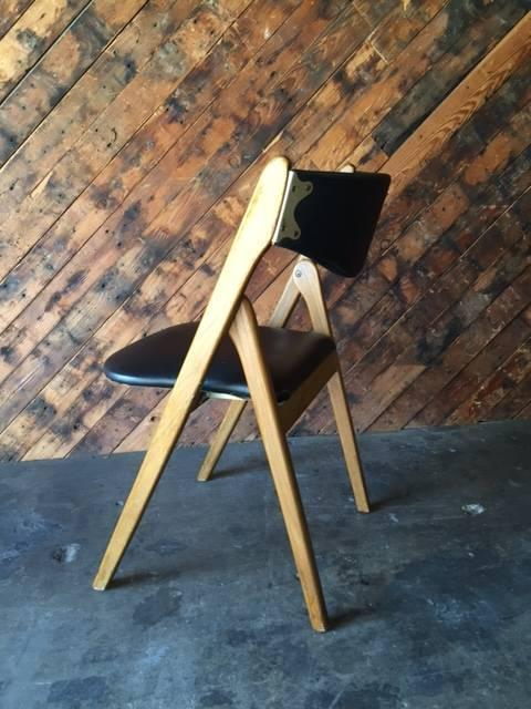 Attrayant Mid Century Modern Walnut Vinyl Folding Chair   Image 6 Of 8