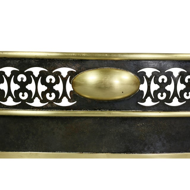 English Traditional Regency Brass Fender For Sale - Image 3 of 6