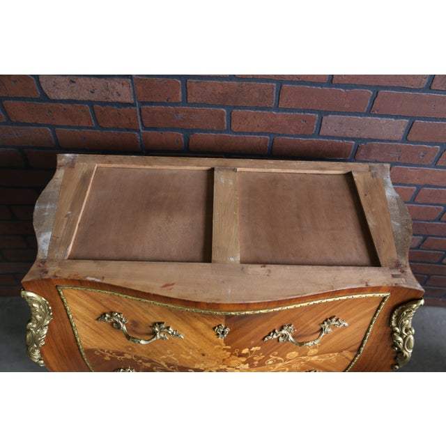 1900s Antique French Rococo Marble Top Nightstands-a Pair For Sale - Image 10 of 12