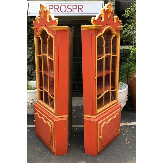 Hollywood Regency Pair Red & Gold Hollywood Regency Corner Display Cabinets -Dorothy Draper For Sale - Image 3 of 5