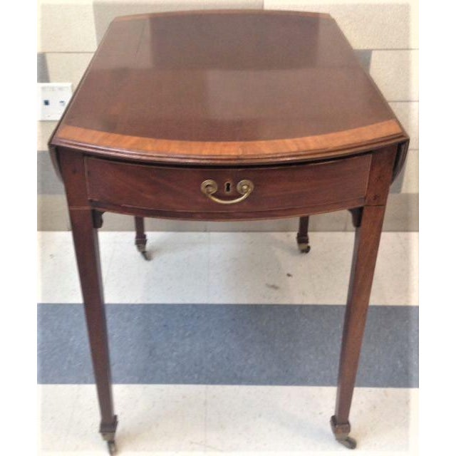 18th Century English Hepplewhite Inlaid Mahogany Pembroke Table With Oval Leaves For Sale - Image 13 of 13