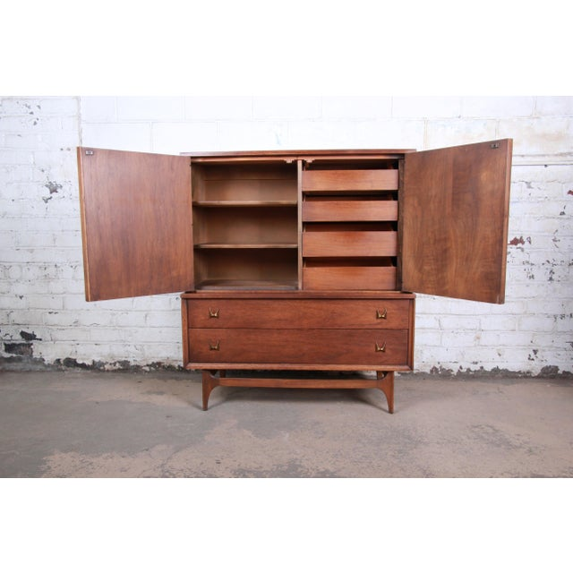 Danish Modern Broyhill Brasilia Mid-Century Modern Sculpted Walnut Gentleman's Chest For Sale - Image 3 of 12