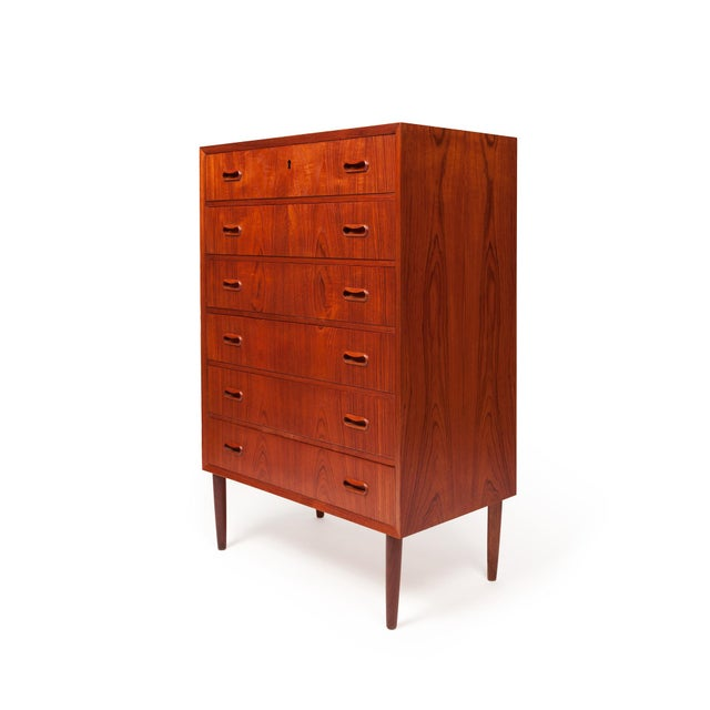 A beautiful Danish teak tallboy chest of drawers, this piece would make a stylish addition to any bedroom area or hallway....