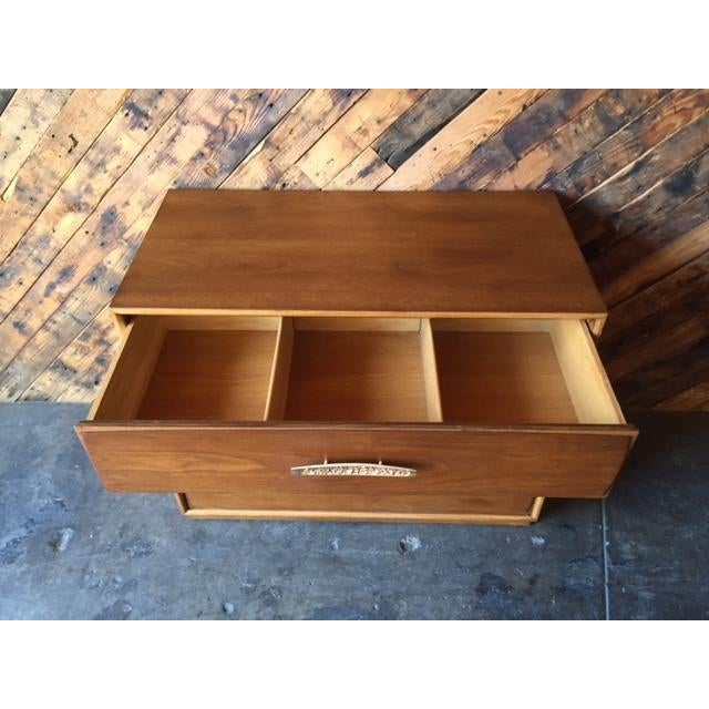 Walnut Heritage Mid-Century Refinished Walnut Dresser For Sale - Image 7 of 9