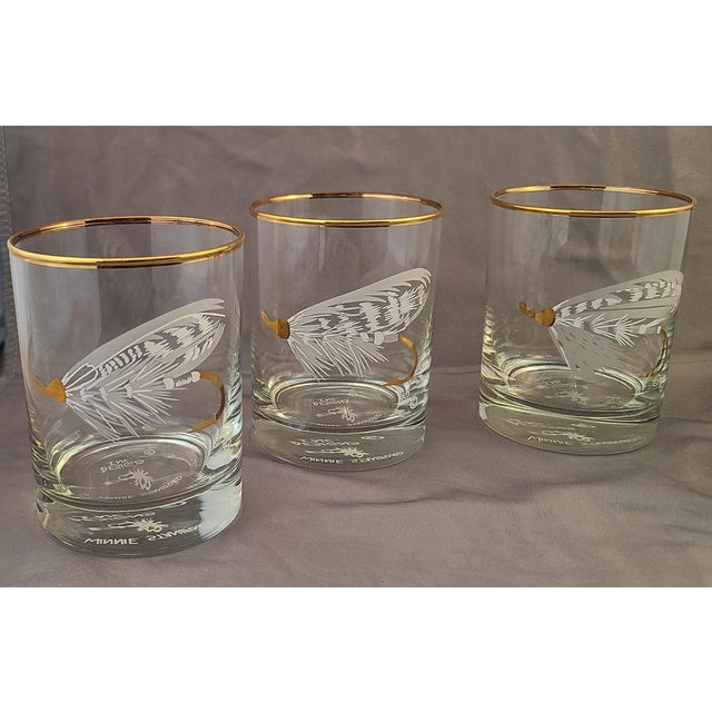 Contemporary Set 4 New Old Stock Winnie Staniford Designs Gold Rimmed Fly Fishing Rocks Glasses For Sale - Image 3 of 9