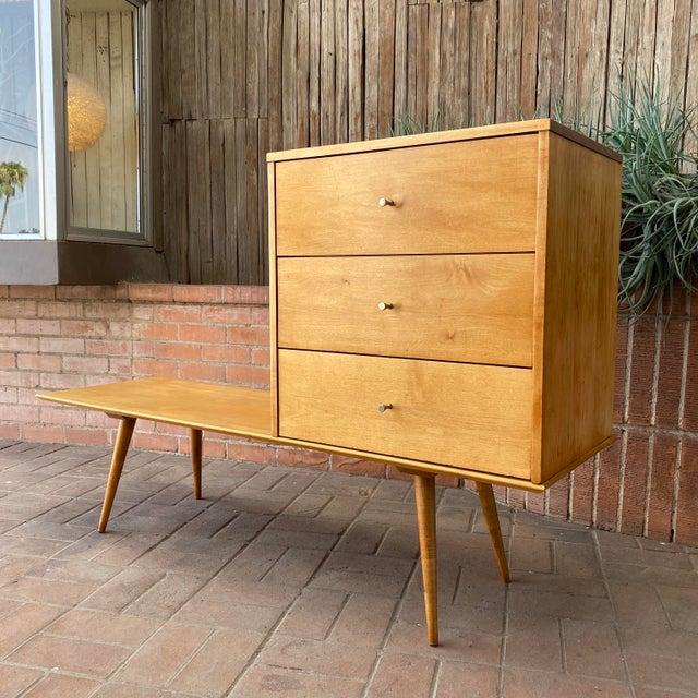 Midcentury Modern Paul McCobb / Planner Group by Winchendon Modular Cabinet and Bench. This is a very early Paul McCobb...
