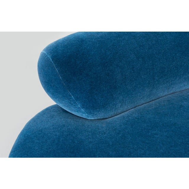 Vladimir Kagan for Directional Cloud Sofa Freshly Reupholstered in Mohair For Sale In Chicago - Image 6 of 9