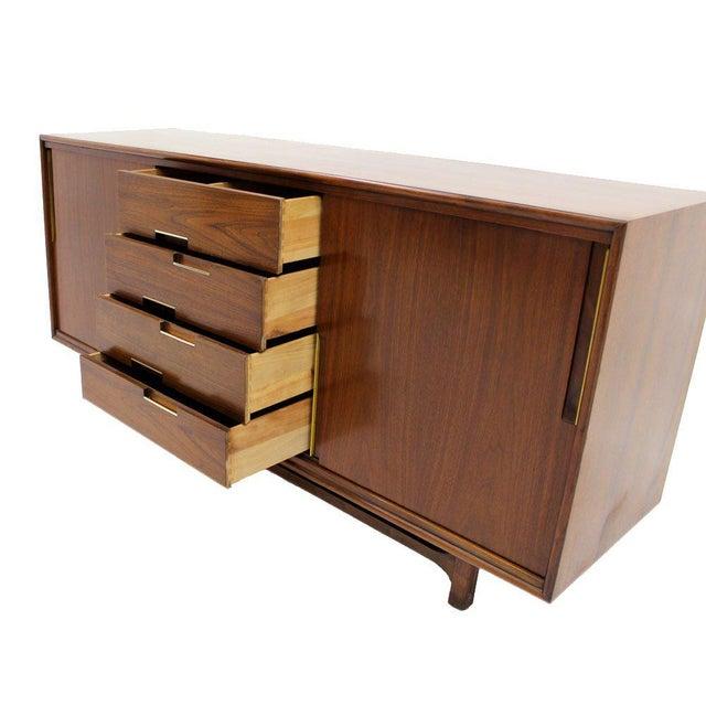 Walnut Danish Mid Century Modern Credenza w/ Sliding Doors 12 Drawers Brass Pull For Sale - Image 4 of 9